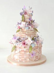Amazing Rustic Wedding Cake