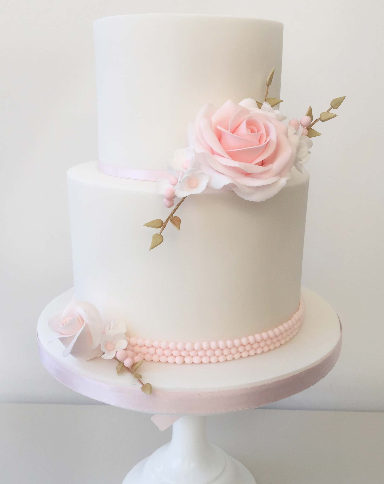 Wedding Cake Flowers.Cake Decorating Classes Cake Covering Sugar Flowers Pearls