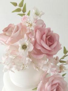 Floral Wedding Cake Roses