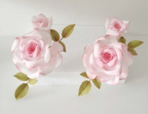Delicate Sugar Flowers by Ali Newman of the Little Sugar Box